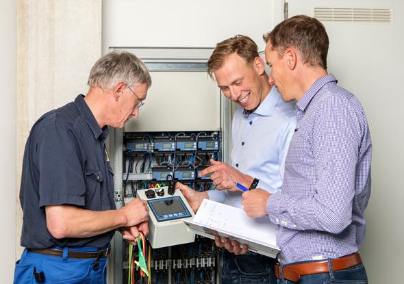 Van den Bor Elektrotechniek en fortop meten